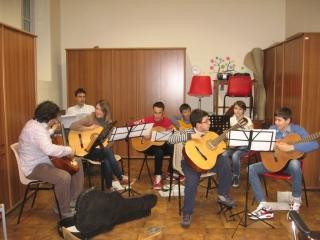 progressive-guitar-orchestra
