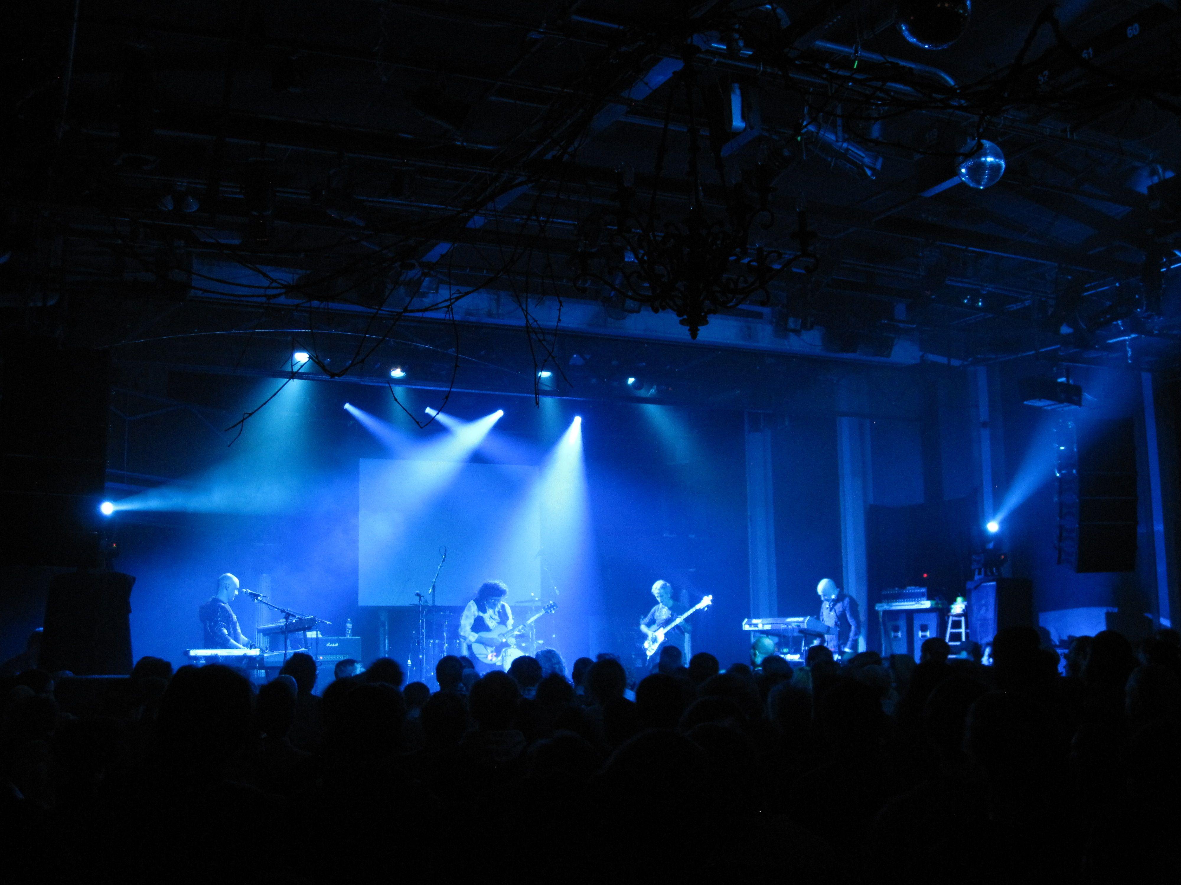 stage-lights-blue