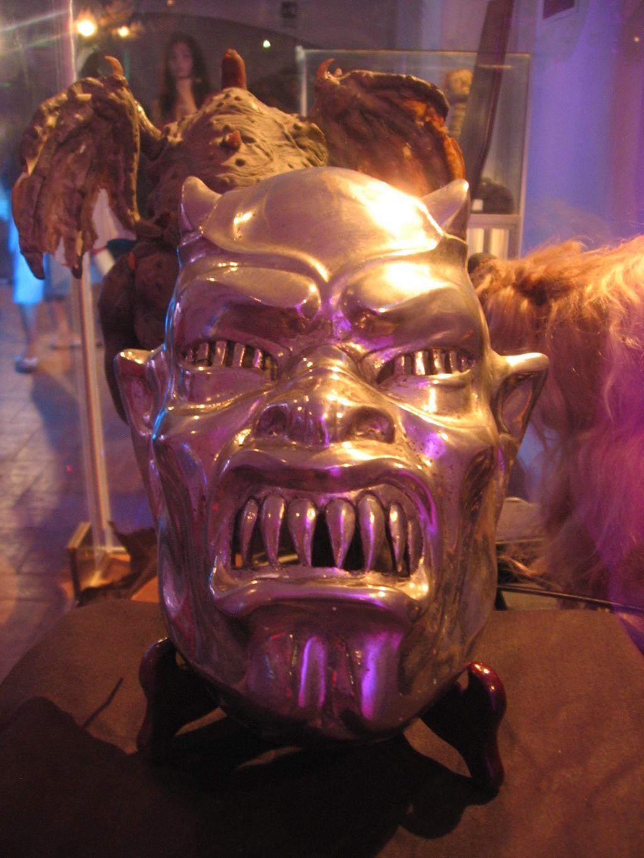la-maschera-di-demoni
